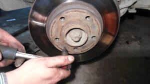 Замена тормозных дисков в Николаеве